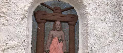 Christus in der Kelter - Skurriles in Hessen entdecken