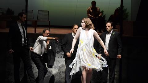 Paula Murrihy als Penelope in Frankfurt