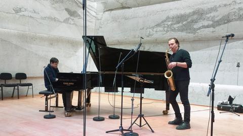 Chris Gall (Klavier) und Mulo Francel (Saxophon) im Konzerthaus Blaibach