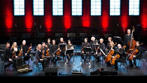 Curtis Stigers und das Stuttgarter Kammerorchester, Aufnahme vom 28. Juli 2019 aus dem Kurhaus Wiesbaden