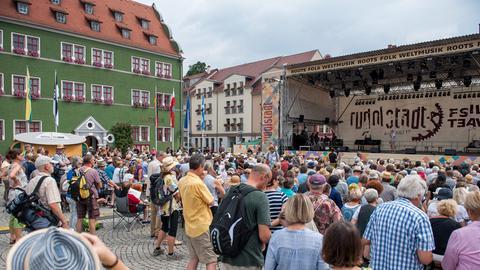 Der Marktplatz von Rudolstadt mit Bühne