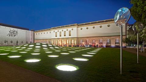 Außenansicht Städel Museum und Städel Garten