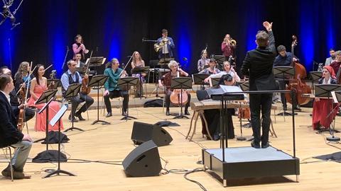 """Livestream Bridges – Musik verbindet: """"Musik als Migrantin"""""""