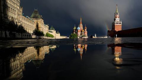 Blick über den menschenleeren Roten Platz in Moskau am 18. Mai 2020.