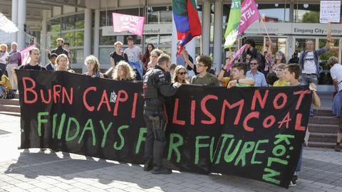"""""""Fridays for future"""" Aktivisten bei der IAA"""