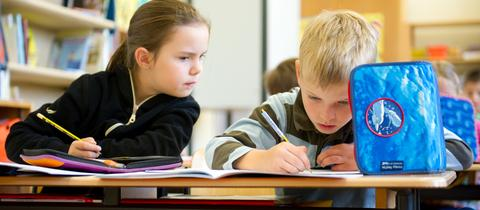 Grundschüler im Untericht