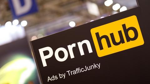 Logo der kanadischen Erotik-Videoplattform Pornhub auf der dmexco 2019 Fachmesse für digitales Marketing und Werbung auf der Kölnmesse.