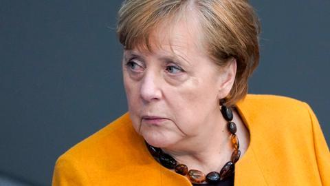 Befragung der Bundeskanzlerin bei der 217. Bundestagssitzung in Berlin