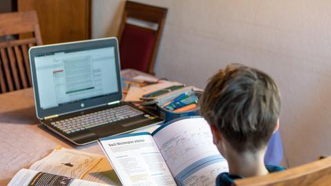 Symbolbilder - Coronavirus - 29.03.2020 Schule / Lernen / Homeschooling / Hausaufgaben