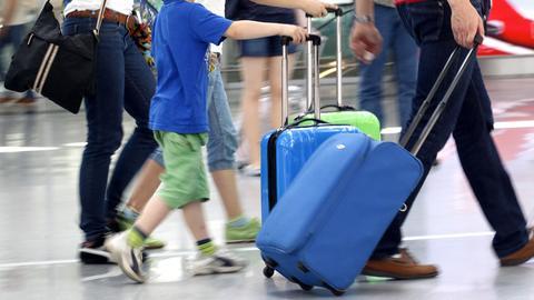 Schulschwänzer am Flughafen