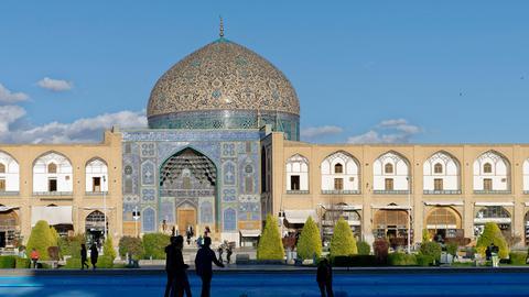 Sheikh Lutfallah mosque. Naghsh-e Jahan square. Ispahan. Iran.