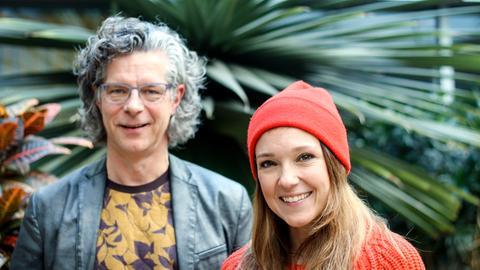Moderator Carsten Tesch und Carolin Kebekus