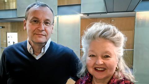 Moderator Knut Elstermann mit Hanna Schygulla