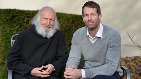 Bodo Janssen und Pater Anselm Grün