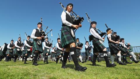 Dudelsackspieler* bei den Mey Highland Spielen in Schottland