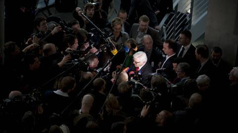 Journalisten Mikrofone Steinmeier