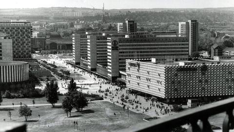 Fußgängerzone Prager Straße in Dresden