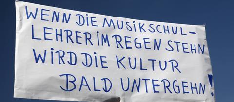 Prekäre Arbeitsbedingungen an Hessischen Musikschulen