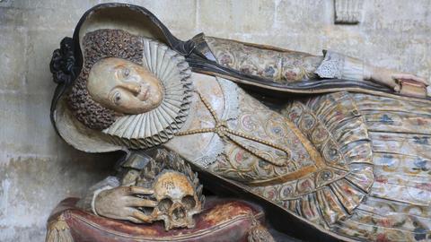 Grabstätte in der Kathedrale von Exeter