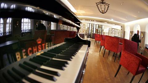 Music For Hotel Bars