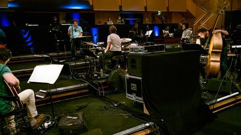 hr-Bigband stage@seven