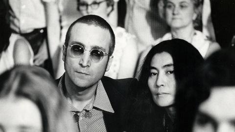 John Lennon und Ehefrau Yoko Ono