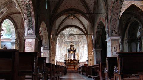 Blick in die Kathedrale San Lorenzo in Lugano