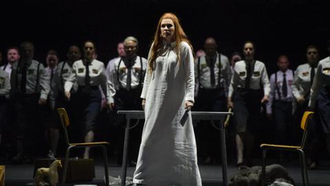 "Marina Rebeka als ""Norma"" an der Staatsoper Hamburg"