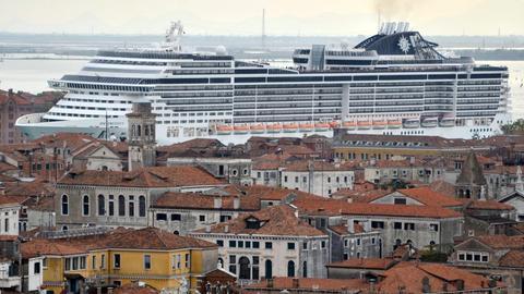 Kreuzfahrtschiff Venedig