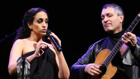 Die israelische Sängerin Noa und der Gitarrist Gil Dor