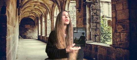 Nele Pollatschek mit dem Buch Middlemarch