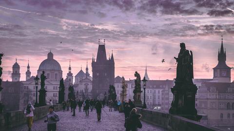 Morgenstimmung auf der Prager Karlsbrücke