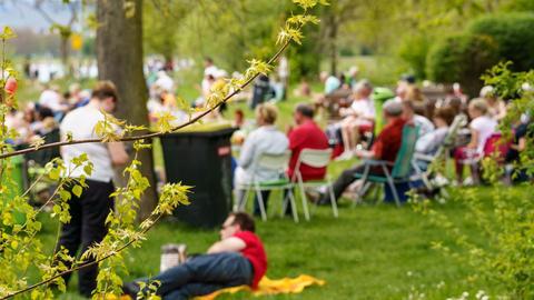 Publikum im Freien