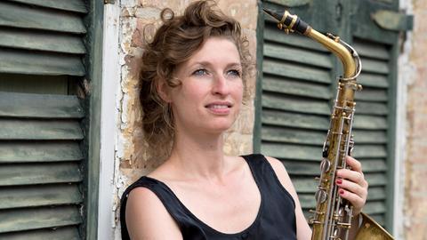 Die Jazzsaxofonistin Nicole Johänntgen