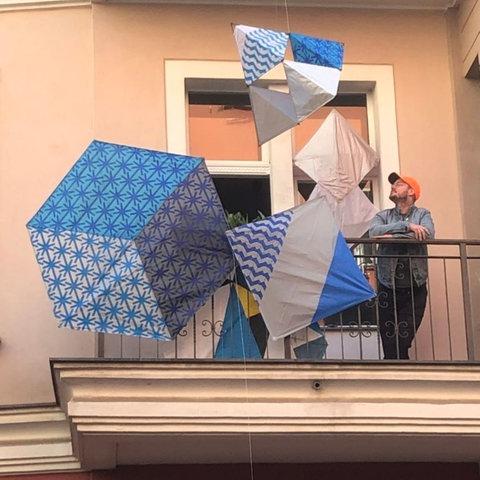 Balkonkunst von Raul Walch