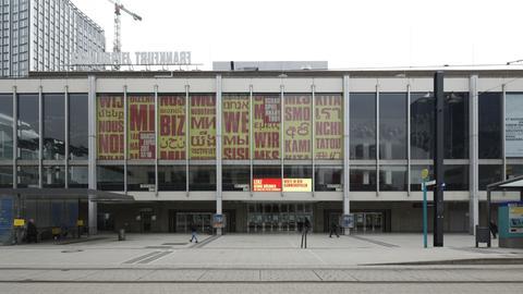 Frontansicht der Städtischen Bühnen Frankfurt
