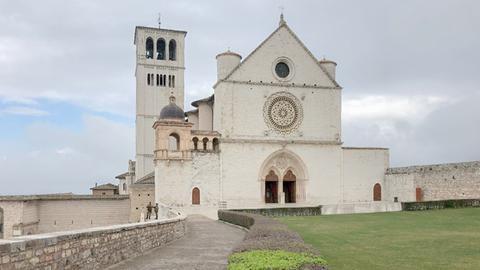 Verwaiste Basilika von Assisi