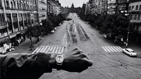 Josef Koudelka: Warsaw Pact troops invade Prague, Czechoslovakia, August 1968