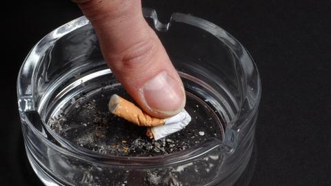 Zigarette Kippe Aschenbecher
