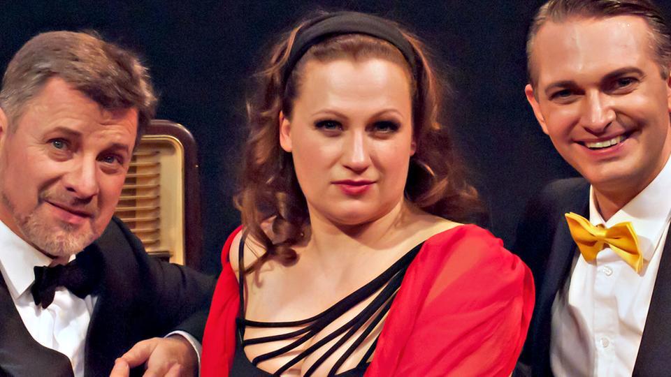 hr2-Radiolivetheater: Schwarz Rot Petticoat Die 50er-Jahre Revue