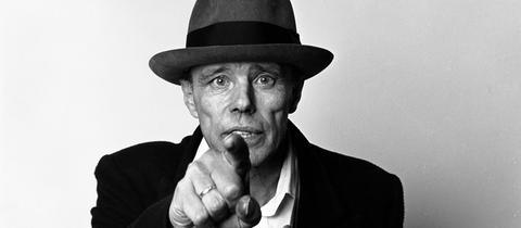 Portrait von Joseph Beuys, Paris, 1985