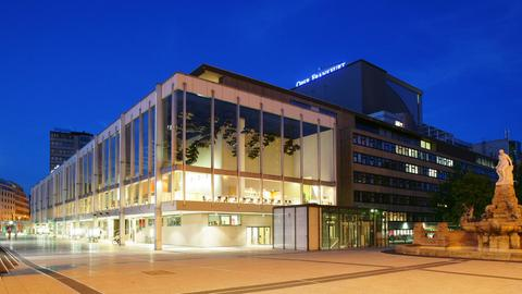 Oper Frankfurt bei Nacht