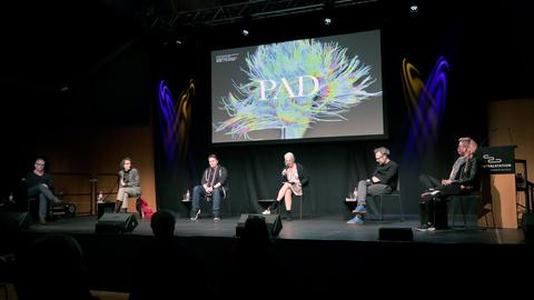 Podiumsdiskussion Performing Arts und Digitalität Festival in Darmstadt